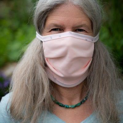 Mundbedeckung mit Nasenbügel rosa