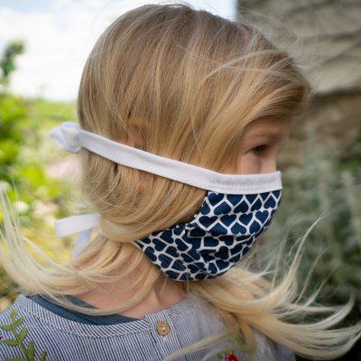 Mundbedeckung für Kinder blaue Herzen
